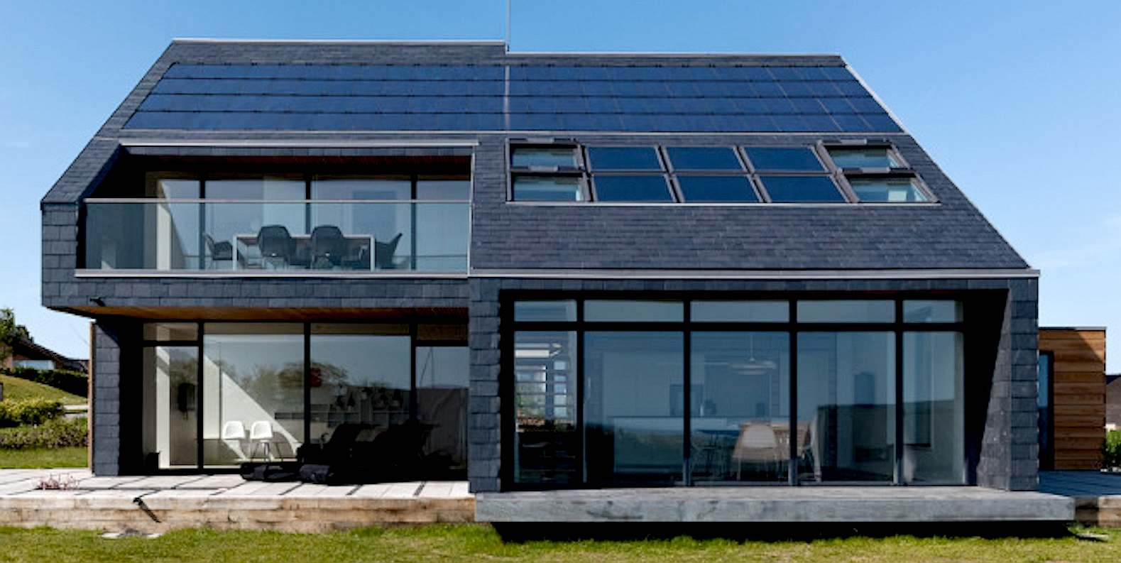 Home for life solar heating and pv panels